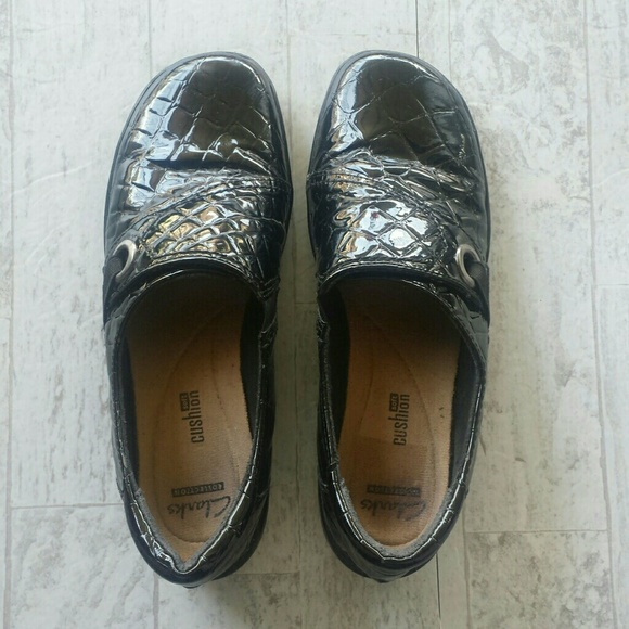 Clarks Shoes - Clarks Collection Black Slip on Shoe Size 8.5